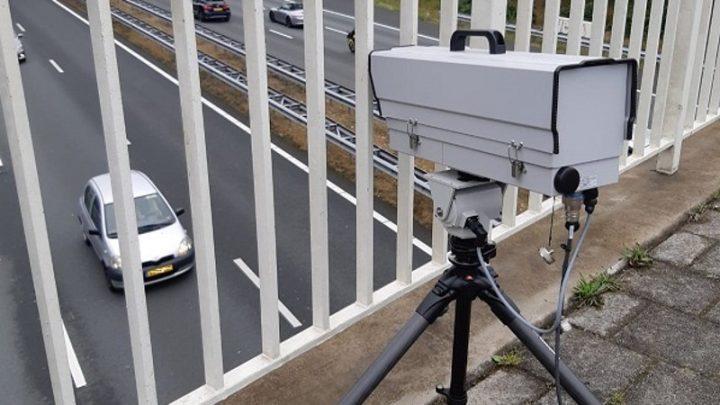 Polizei setzt neue Waffe gegen Ablenkung im Straßenverkehr ein