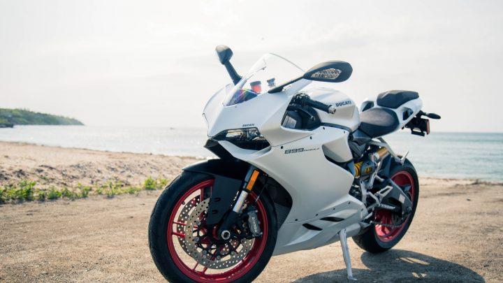 Ich habe bereits eine Kfz-Versicherung, muss ich mein Motorrad separat versichern?